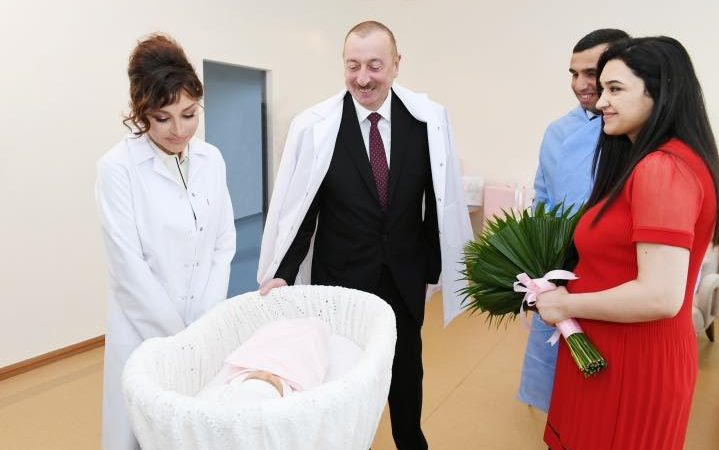 Azerbaijan population reaches 10 mln as internally displaced family has a baby